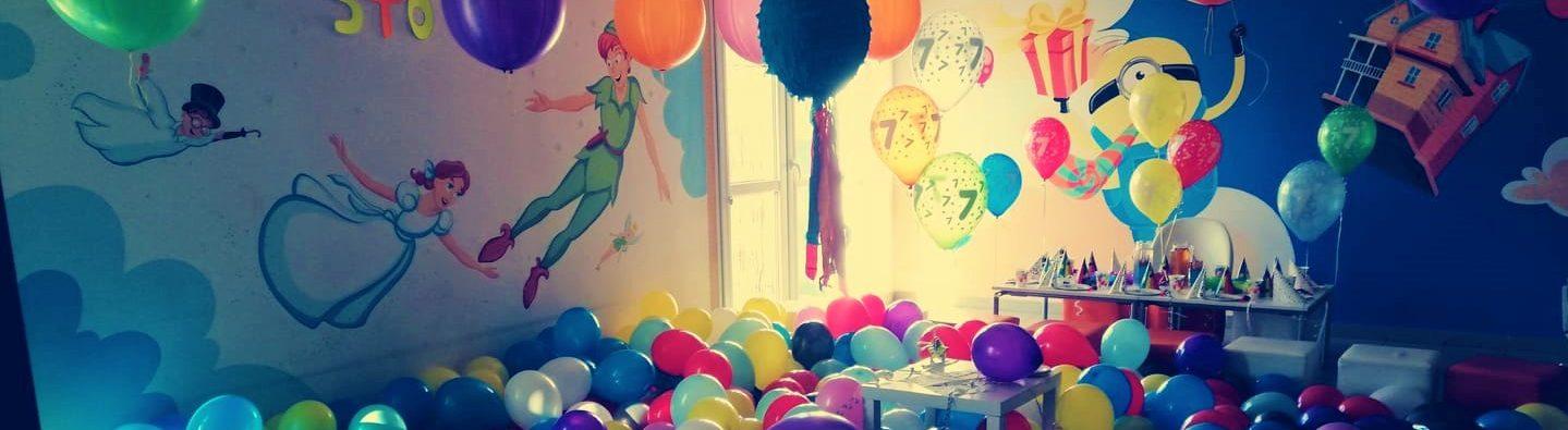 urodziny balonowe w sali zabaw